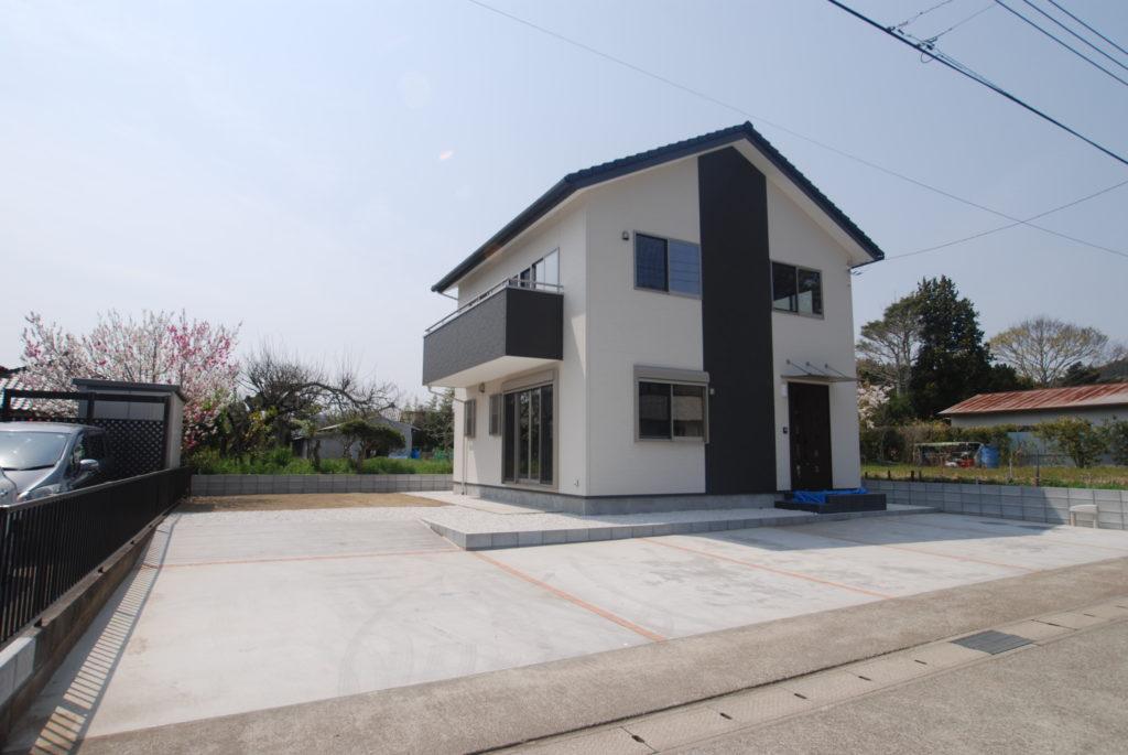 無垢材を使用した温かみのあるこだわりの新築住宅
